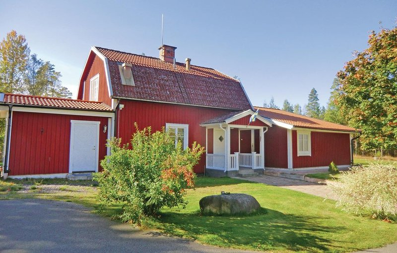 5 Zimmer Unterkunft in Orrefors, holiday rental in Nybro