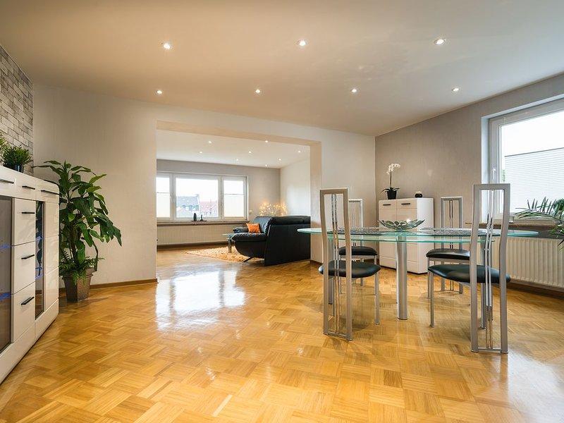 Nichtraucher Haus in zentraler Lage im Süden von Kassel, aluguéis de temporada em Niestetal