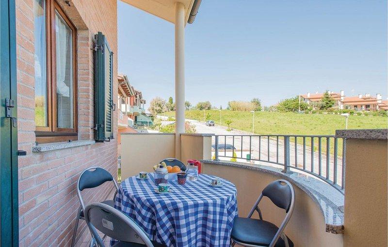 2 Zimmer Unterkunft in San Costanzo -PU-, holiday rental in Cuccurano