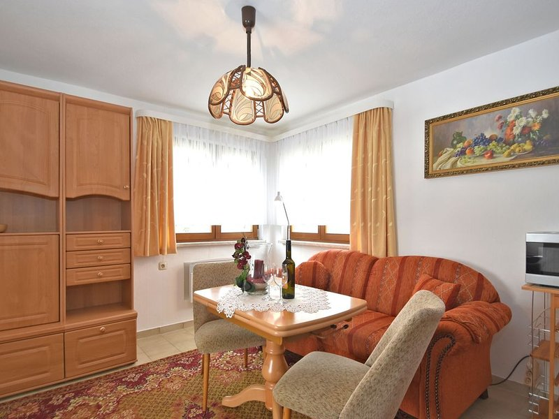 Holiday Home in Sohl with Terrace, Garden, BBQ, Deckchairs, location de vacances à Hranice