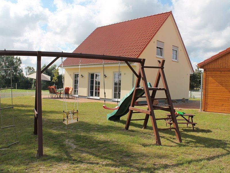 Family Holiday Home in Rerik near the Baltic Sea, holiday rental in Rerik