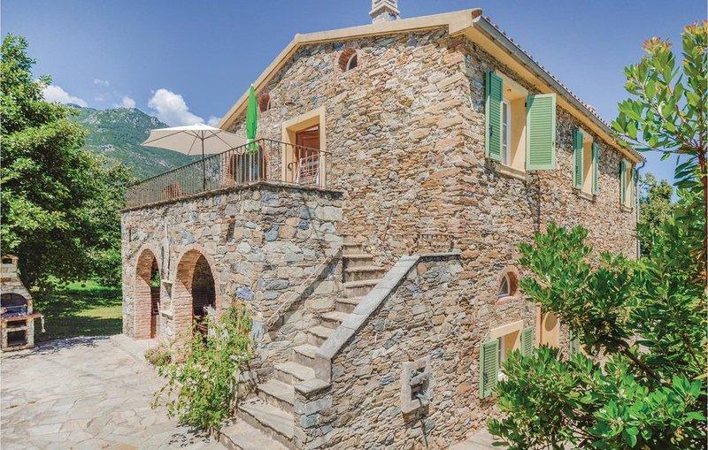 3 Zimmer Unterkunft in Santa Maria Poggio, location de vacances à Santa-Maria-Poggio