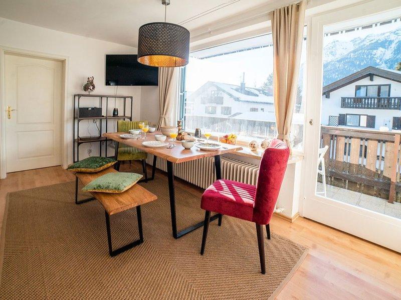 Neu renovierte mit Liebe eingerichtete Ferienwohnung ab April 2019 verfügbar., holiday rental in Garmisch-Partenkirchen
