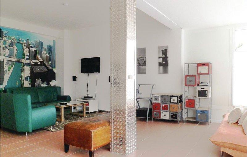1 Zimmer Unterkunft in Holzminden, vacation rental in Delliehausen