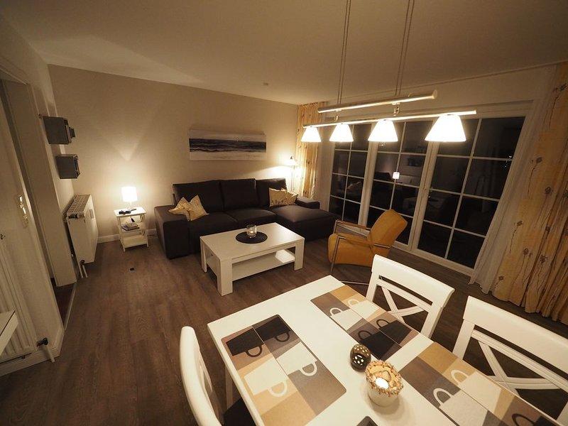 Wohnen und urlauben über zwei Ebenen - stilvoll, gemütlich, familienfreundlich, holiday rental in Sankt Peter-Ording