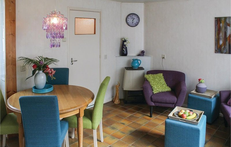 1 Zimmer Unterkunft in Egmond aan zee, casa vacanza a Egmond-Binnen