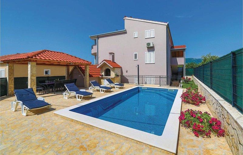 4 Zimmer Unterkunft in Kastel Stari, alquiler de vacaciones en Kastel Stari