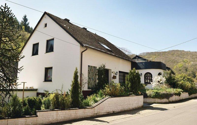 3 Zimmer Unterkunft in Neumagen-Papiermühle, holiday rental in Dodenburg