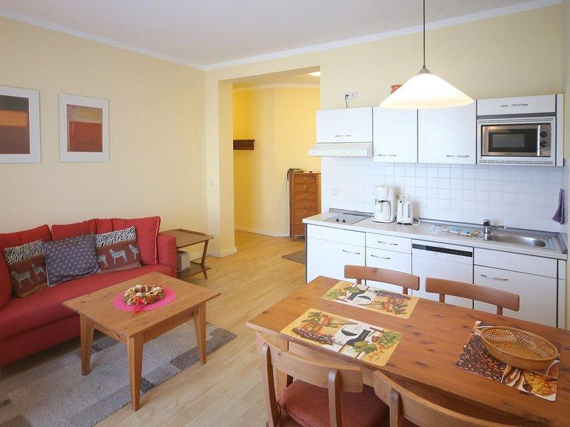 Appartement 216 - 100m zum Strand - Balkon - Schwimmbad - WLAN - PKW Stellplatz, holiday rental in Ostseebad Kuhlungsborn