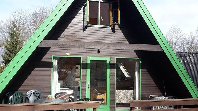 Das besondere Ferienhaus im wunderschön gelegenen Ferienpark am Twistestausee, location de vacances à Twistetal