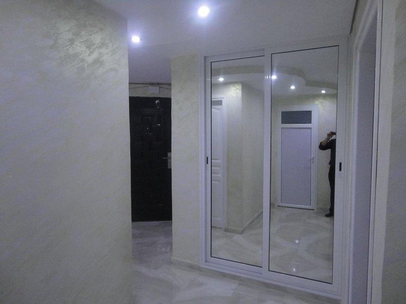 Apartment Akid Lotfi Oran + wi-Fi, location de vacances à Oran Province