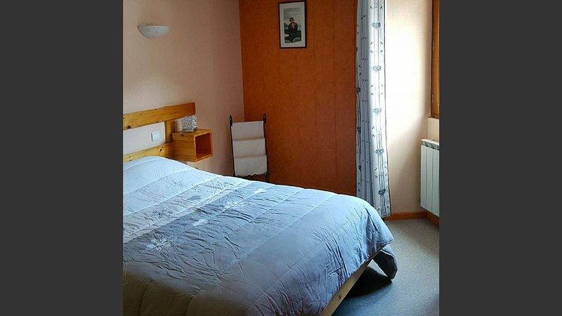 appartement  au coeur du village retour pistes skis au pied, aluguéis de temporada em Val-Cenis