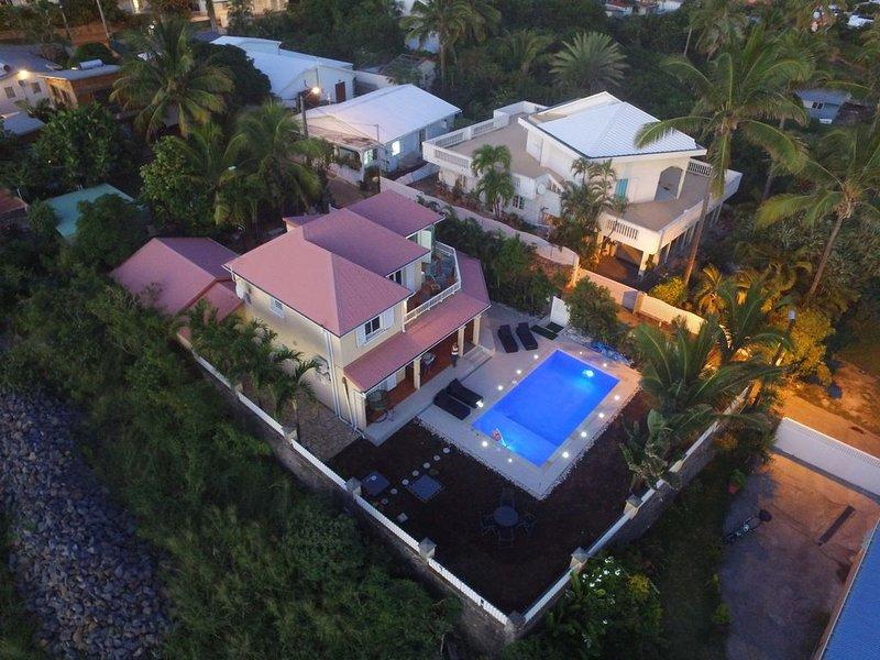 La Villa Victoria de Grands-Bois: une villa pour toute la famille!!!, casa vacanza a Saint-Pierre