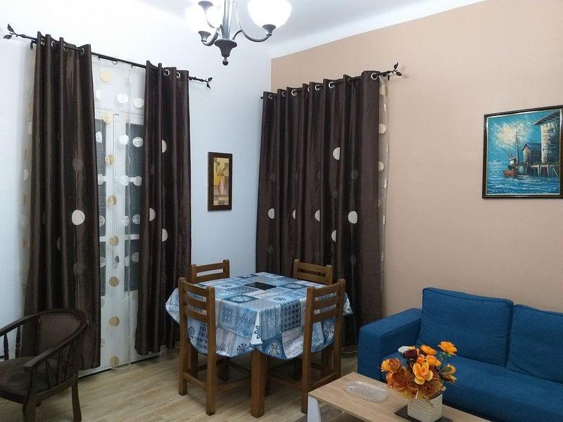 Appartement idéale pour vos cours séjours sur Alger avec terrasse et parking, vacation rental in Alger Centre