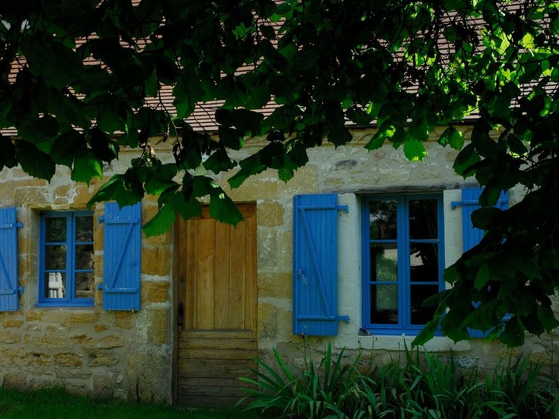 Gite de la Roche en Périgord, holiday rental in Thenon