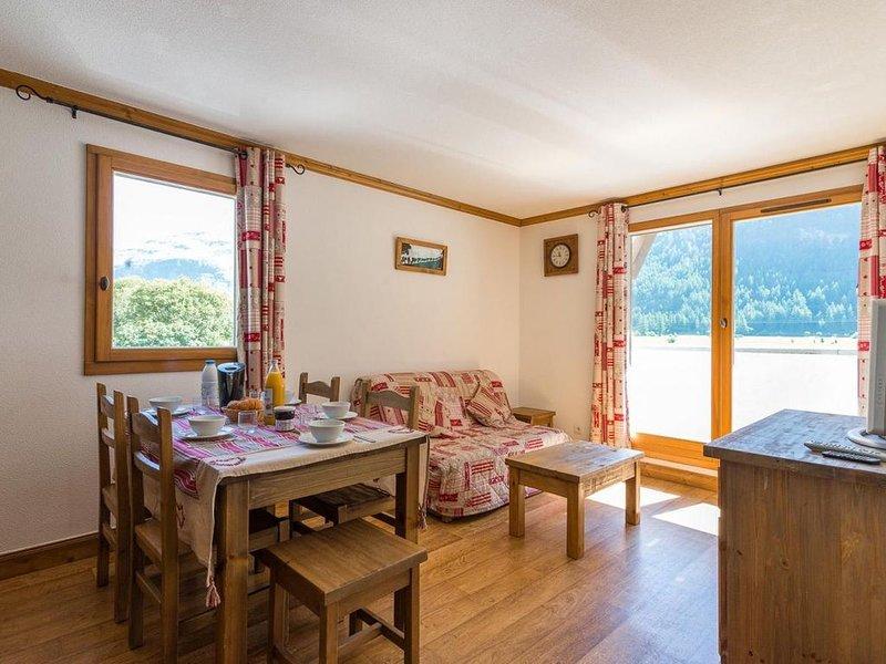 Wifi, à 50m des pistes de ski, remise en forme, balcon, télévision, 41m², Bessan, location de vacances à Ala di Stura