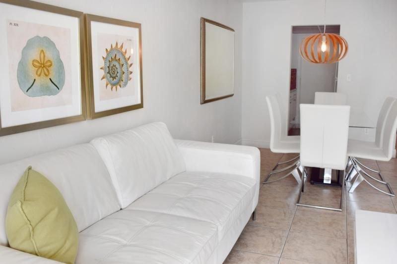 Sala de estar + amplio comedor, ¡un lugar perfecto para escapadas familiares!