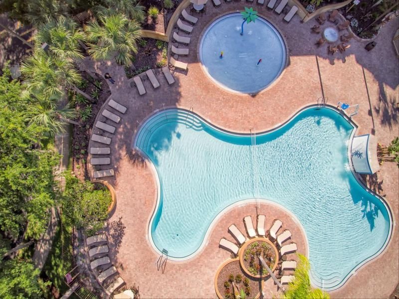 SPECIAL DEAL! CLEAN & COMFY 2BR SUITE, 4 POOLS, FREE PARKING, vacation rental in Celebration