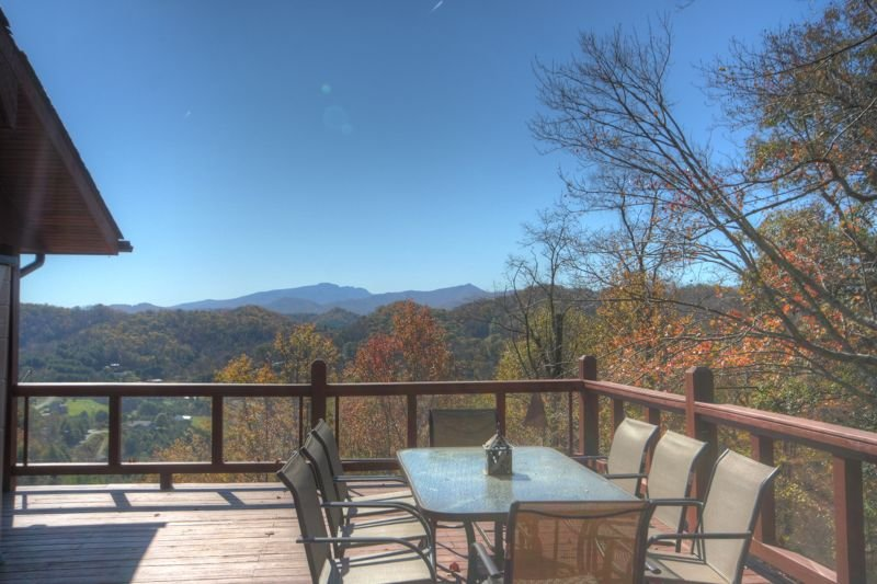 Peaceful Mountain Cabin with Huge Views, Fireplace, Fire Pit, Wraparound Deck, V, holiday rental in Vilas
