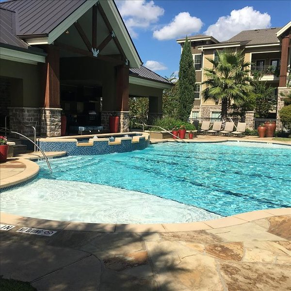 Pool View 1 Bedroom / 1 Bath Condo in The Woodlands**, vacation rental in The Woodlands
