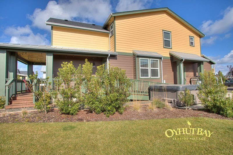 Beautiful Appointed Home, ADA Accessible and Hot Tub, location de vacances à Ocean Shores