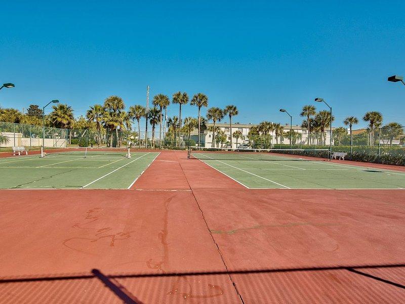 Canchas de tenis isleñas - - Pelota de tenis o Pickle - Luces LED para jugar de noche