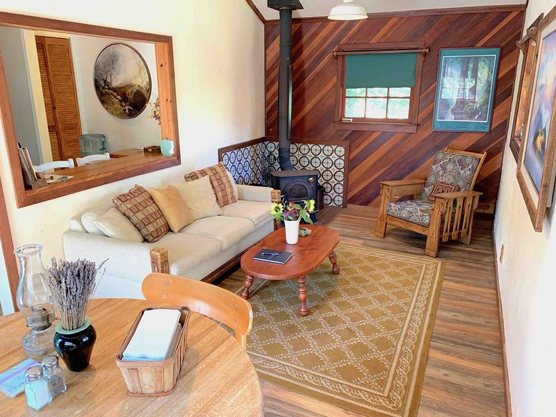 Private Bunkhouse at Half Moon Bay Coastal Ranch, location de vacances à Half Moon Bay