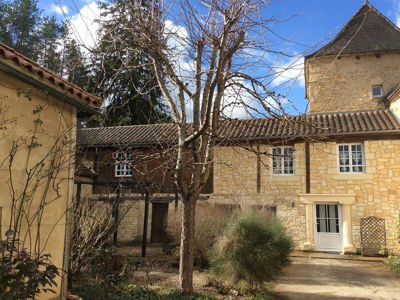 Maison de charme en perigord noir, location de vacances à Saint-Aubin-de-Nabirat