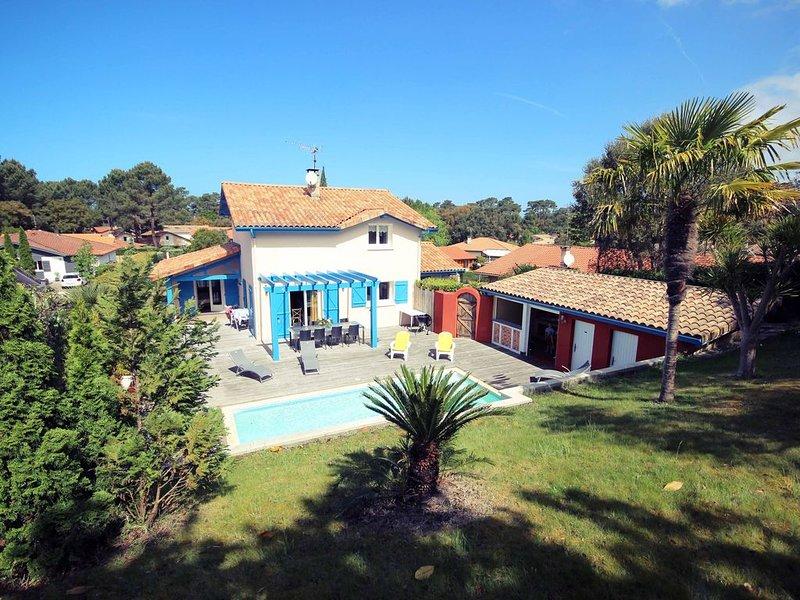 Maison 7 pers. belles prestations, piscine chauffée, terrain clos sans vis à vis, holiday rental in Capbreton