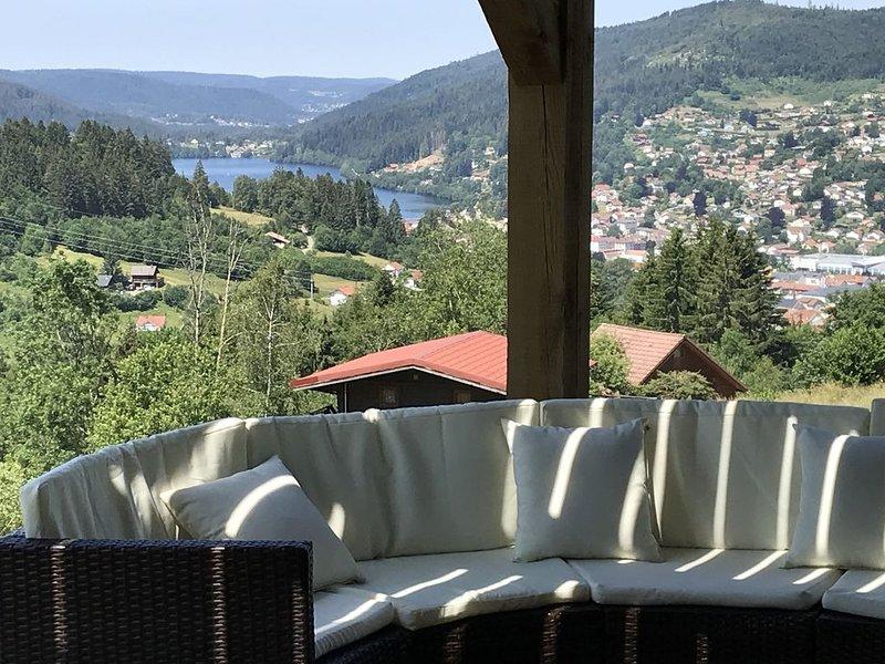 Location saisonnière appartement indépendant dans chalet vue lac, alquiler de vacaciones en Gerardmer