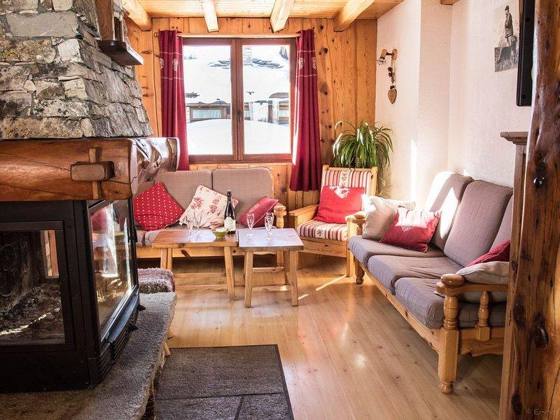 Appartement dans chalet au pied des pistes de Val d'Isère, vacation rental in Noasca