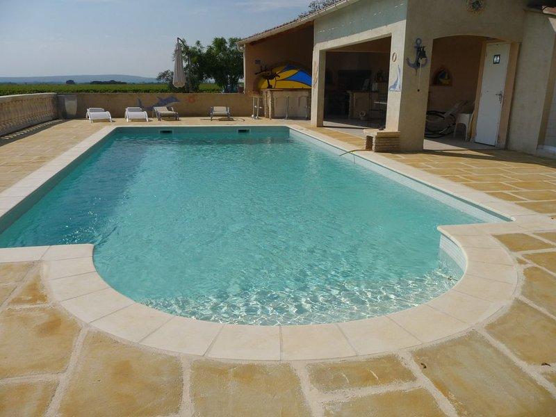 Villa en Provence séduisante au Coeur du vignoble Côtes du Rhône, location de vacances à Violes