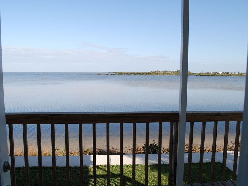 Gulf front with incredible view! Newly remodeled, holiday rental in Hudson