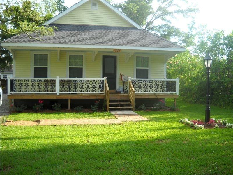 Victorian Style Cottage, casa vacanza a Bay Saint Louis