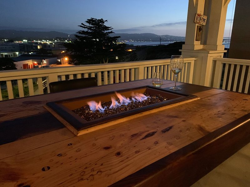 Come visit the Monterey Peninsula in a safe sanitized home!, vacation rental in Marina
