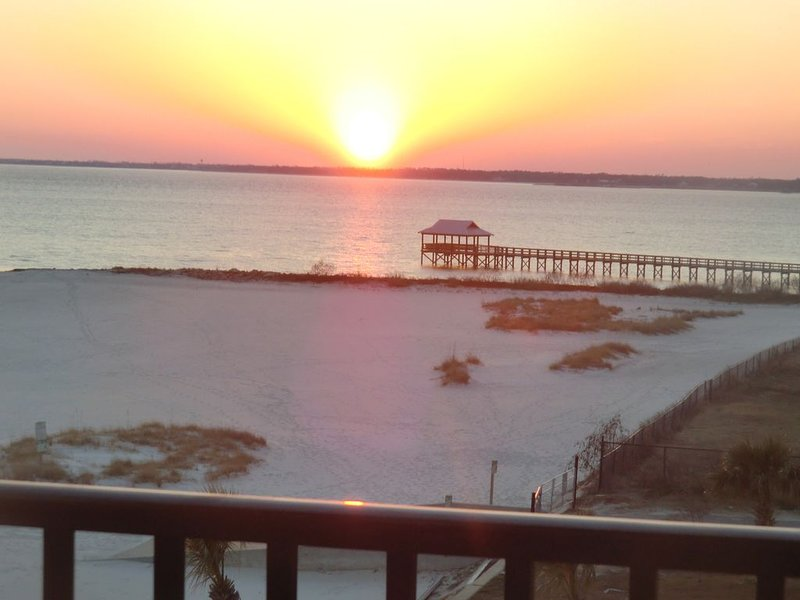 BeachFront Condo.  Huge Balconies--No Fees by Owner, holiday rental in Pass Christian