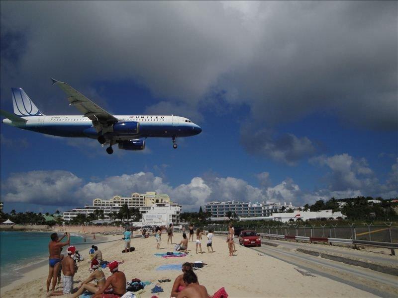 Paradise Getaway - Fabulous Private Condo - St. Maarten, Na, aluguéis de temporada em St-Martin/St Maarten