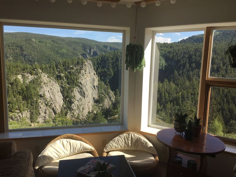 Dream Canyon A Mountain Paradise Retreat, holiday rental in Boulder