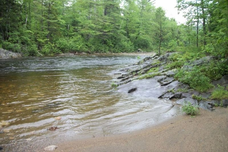 Private Cabin in the Western Mountains on the Swift River in Byron, Maine, vacation rental in Rumford