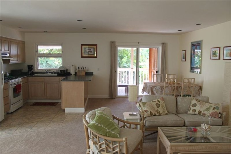 Pupukea Heights 2 Bedroom, holiday rental in Haleiwa