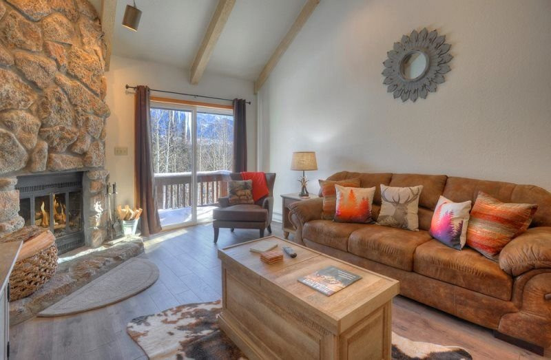 Cascade Village Two Bedroom Condo Sleeps 7, holiday rental in Purgatory