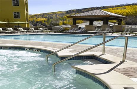 Elegant Residence! Ritz Carlton Vail w/Amenities, Hot Tub,  Short Walk to Slopes, holiday rental in Vail