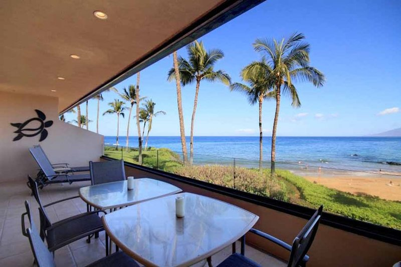 Stunning Ocean Views - Makena Surf #E-205, aluguéis de temporada em Makena