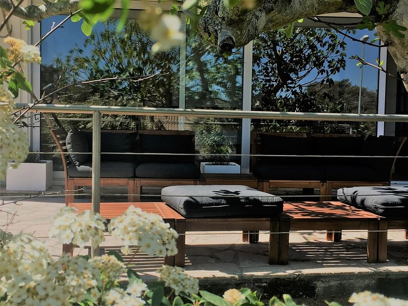 Villa Albizia - 150m de la plage océan à HOURTIN PLAGE, holiday rental in Saint Isidore