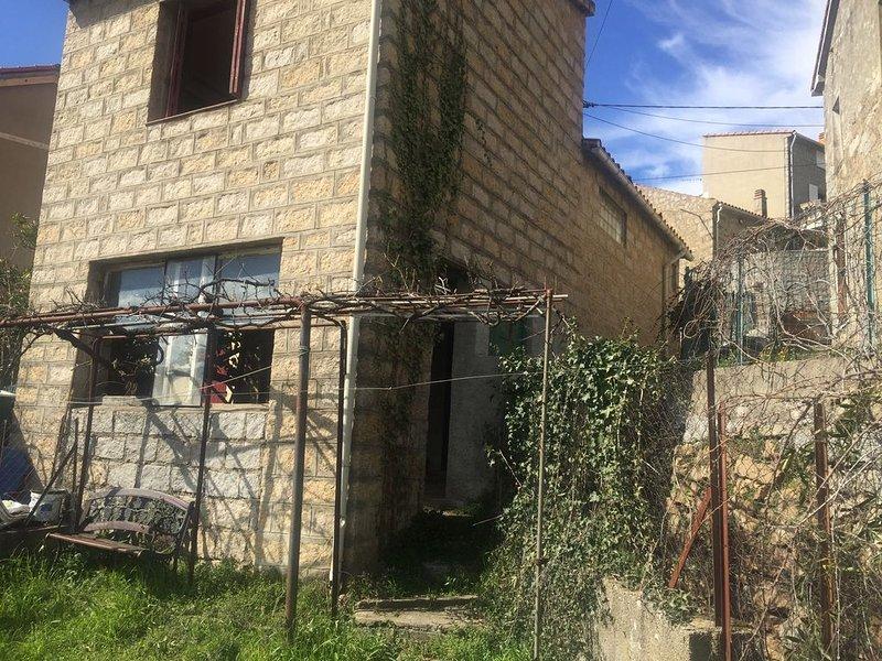 Location maison de village corse du sud, vacation rental in Petreto-Bicchisano