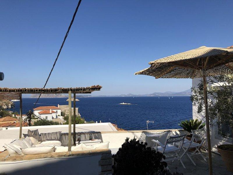 Hydra : maison avec vue spectaculaire sur la mer, 3 personnes, tout confort, alquiler vacacional en Islas de Golfo Sarónico