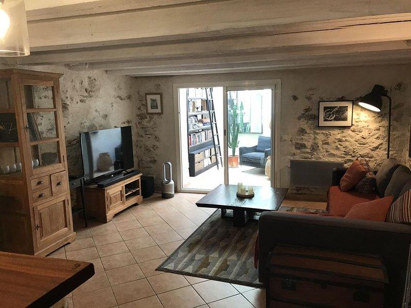 charmante maison de village de 80 M2, holiday rental in Six-Fours-les-Plages