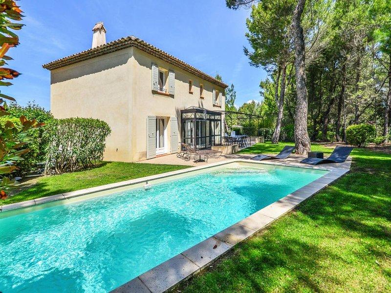 Les maisons et villas de Pont Royal en Provence - maeva Home - Villa pour 8 Pers, holiday rental in Alleins