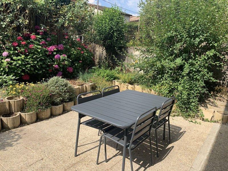 Petite maison meublée - cure thermale uriage les bains - vacances campagne, alquiler de vacaciones en Saint-Martin-d'Uriage
