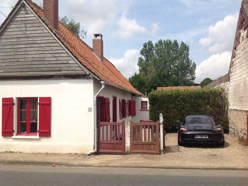 LE PETIT GITE DE FLORE, holiday rental in Buire-le-Sec
